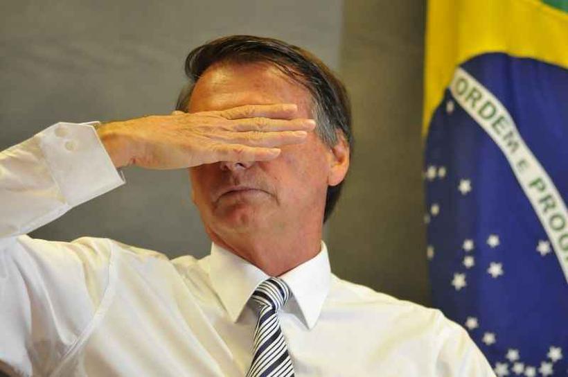 Resultado de imagem para Aprovação do governo Bolsonaro despenca e vai a 34%, mostra Ibope
