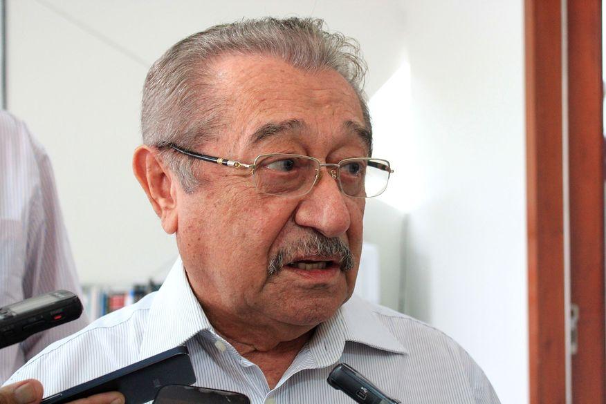 Justiça determina redução de salário de Zé Maranhão de R$ 57 mil ...