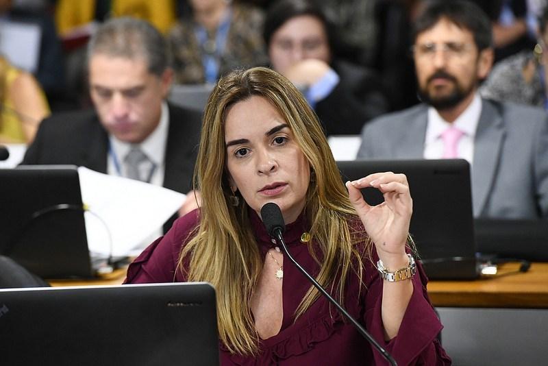 Daniella-Ribeiro