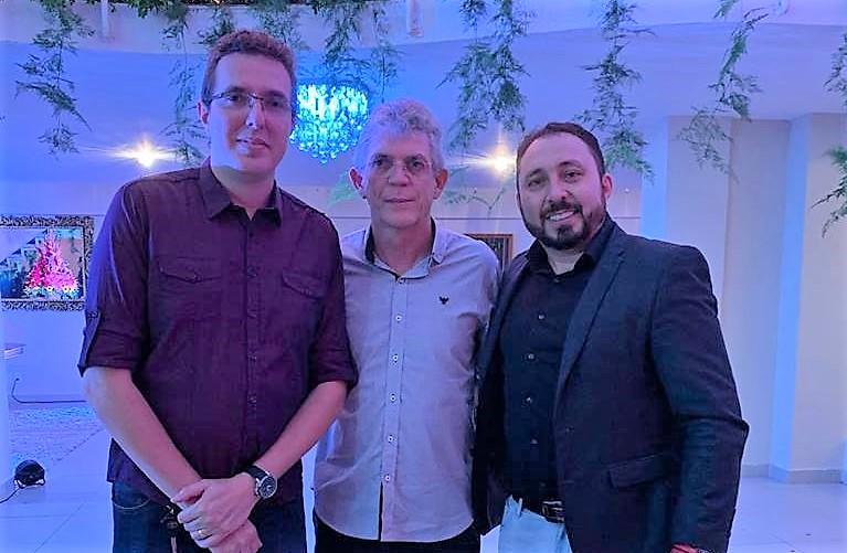 OPERAÇÃO CALVÁRIO: Advogado preso com Ricardo Coutinho fecha escritório que era utilizado pra repassar propina