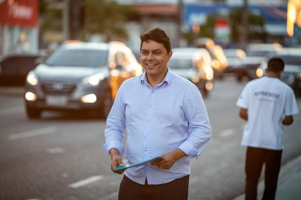 Sem candidatos na base, máquina do governo do Estado pode cair no colo de Raoni Mendes